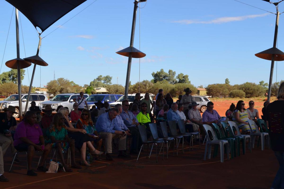 ​Mutitjulu township lease signing ceremony 16 March 2017
